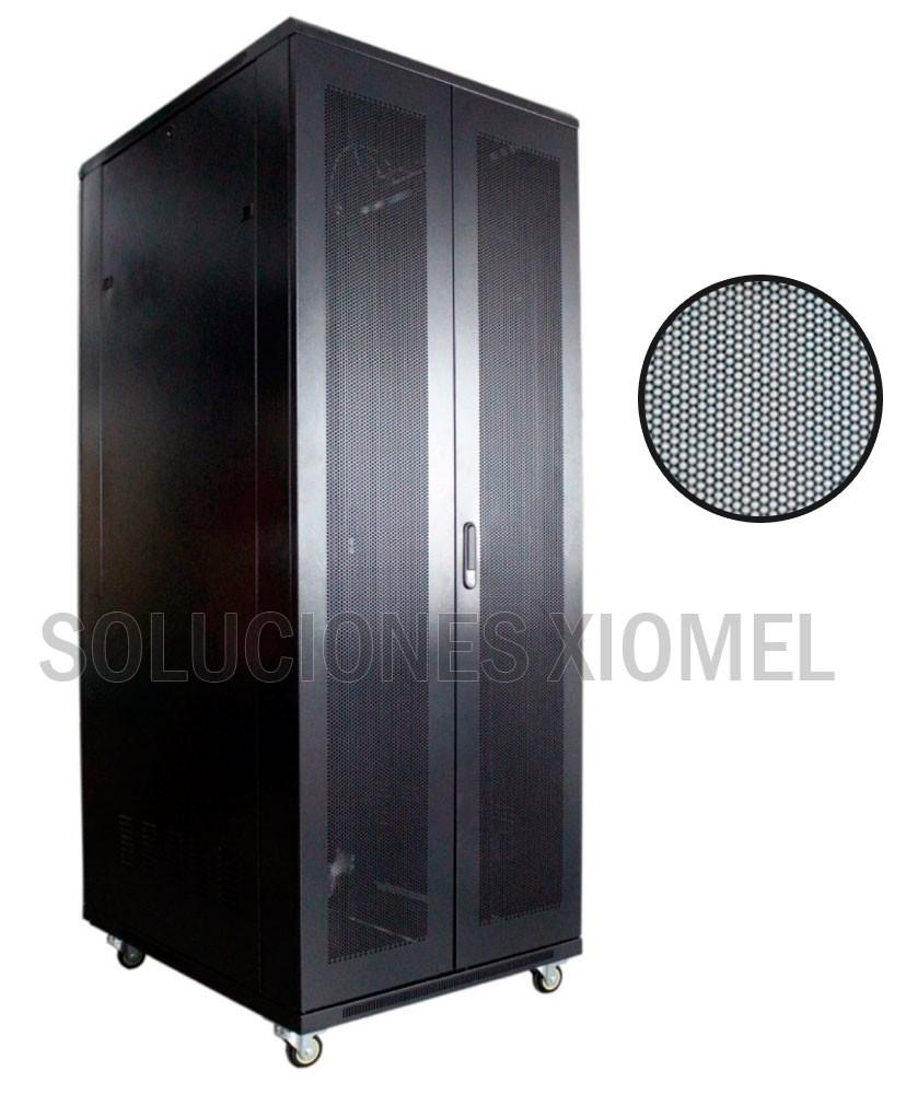 Gabinete de Piso 42RU Puerta Microperforada Doble Hoja 2.10 mts Altura